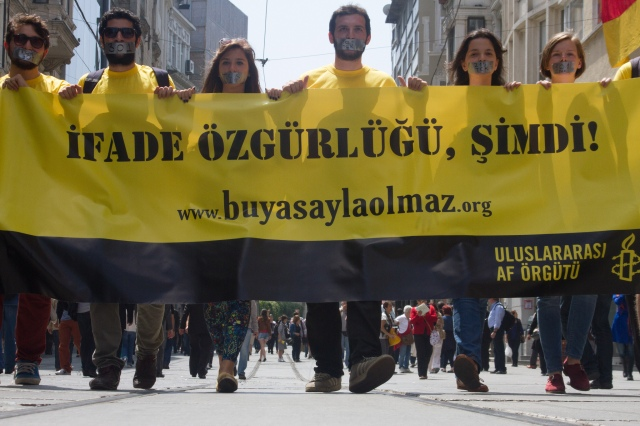 Highlighting Limits on Freedom of Expression in Turkey on World Press Freedom Day, 2013