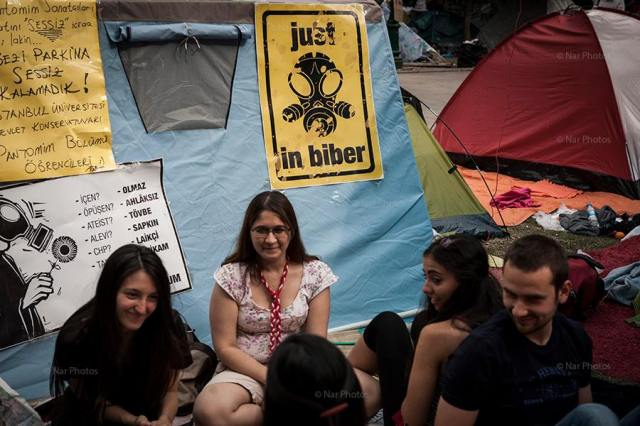 Some black humor at Gezi Park.  Photo credits: Mehmet Kaçmaz /NarPhotos  Use by Permission