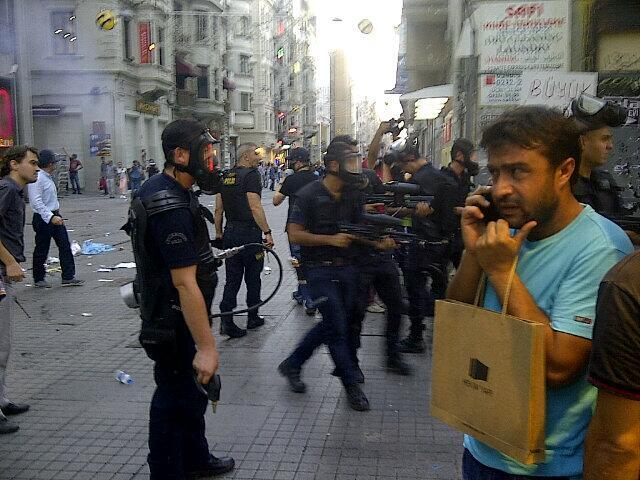 A photo being distributed on Twitter from Taksim today